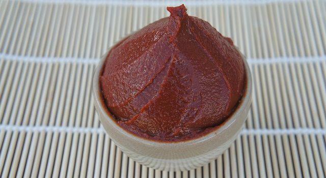 味噌煮は白味噌より赤味噌を使うことが多い