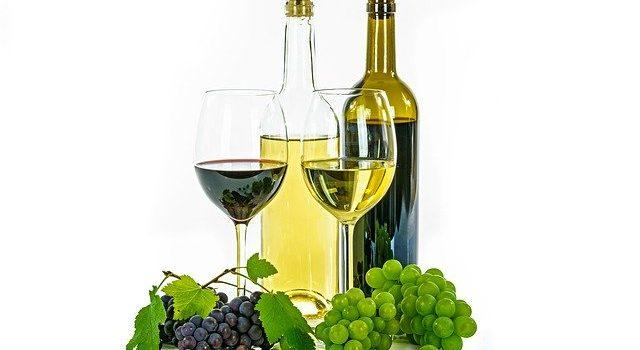 赤ワインを白くする