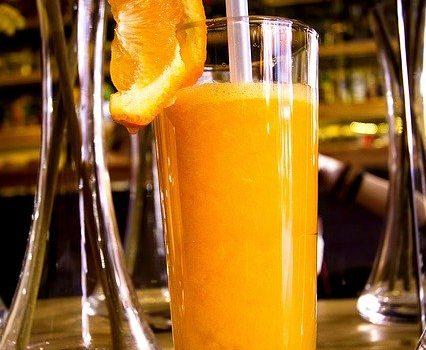 アルコール刺激を和らげる甘みと酸味