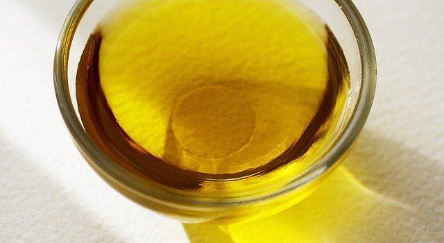 不飽和脂肪酸の多い油を肉にすりこむ