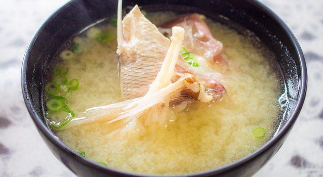 味噌汁に煮干しダシを使う理由